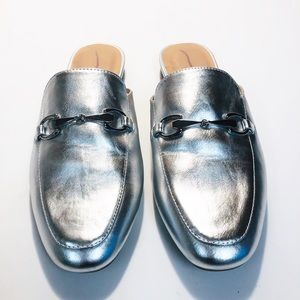 MERONA Women's 10 Silver Vegan Leather Loafers